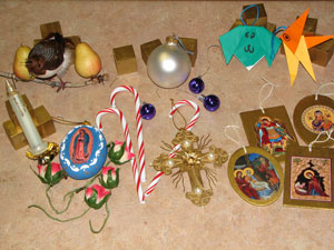 Mary_Advent_Ornaments