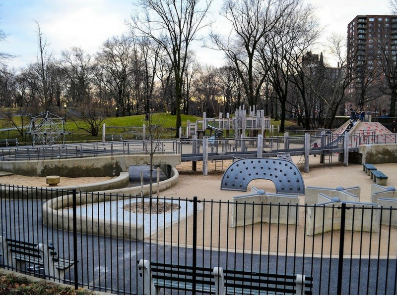 Central Parl playgrounds