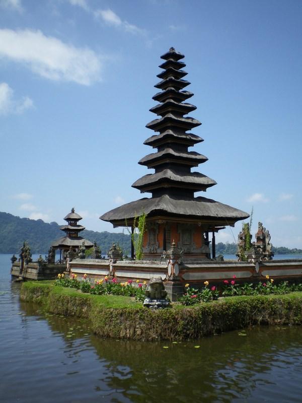 Balinese Hindu temple Tanah Lot Cultural Bali