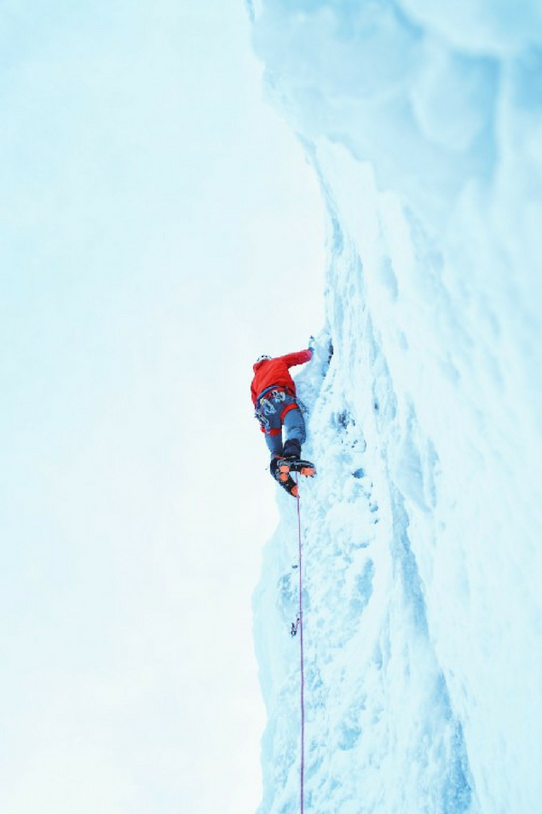 Adventures for teenagers in Banff ice climbing