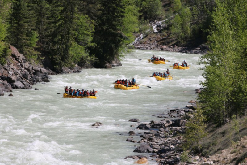 Adventures for teenagers in Banff