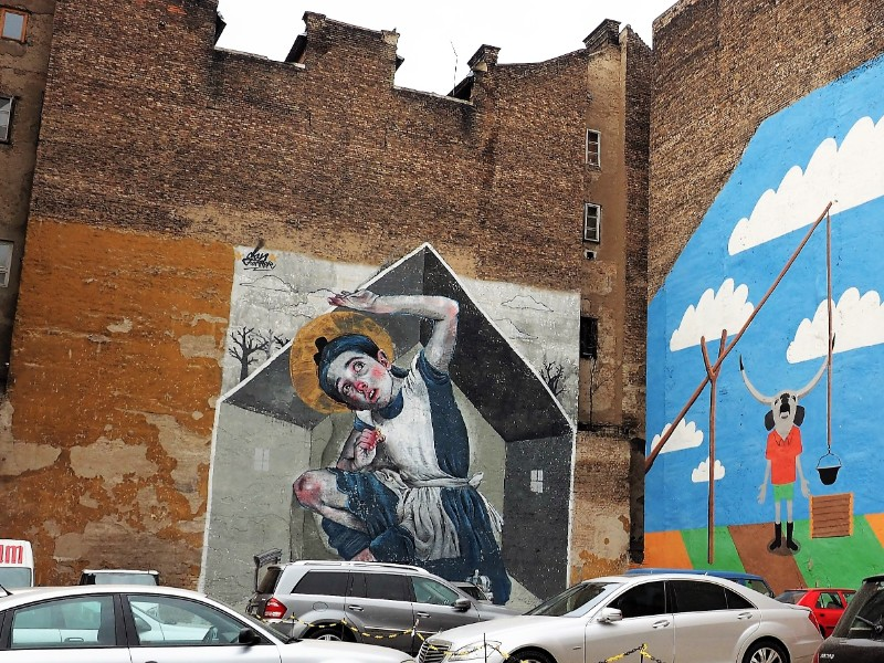 Alice and Wonderland Street art Budapest