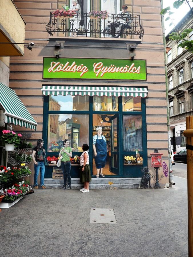 Green grocer Street Art in Budapest