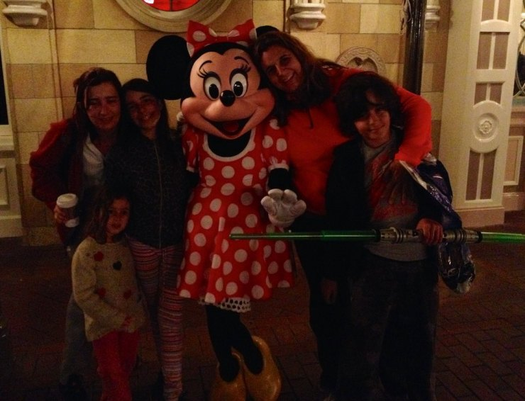 Then another day Adriana and Roberta took the kids to have some fun on Disneyland, which was a short drive away ...