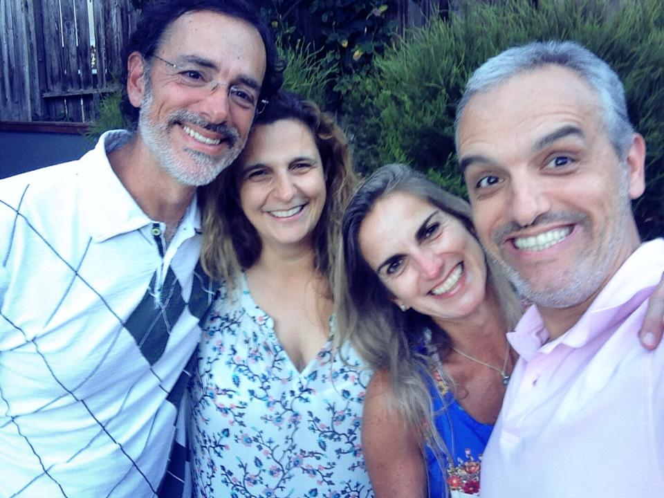 We have been friends with Ricardo and Paola for more time than I feel comfortable to disclose on this blog ( ! ). Our corporate lives sent us different ways across the globe, but we managed to meet occasionally along the way, We spent a great Sunday afternoon at their maison in the Bay Area.