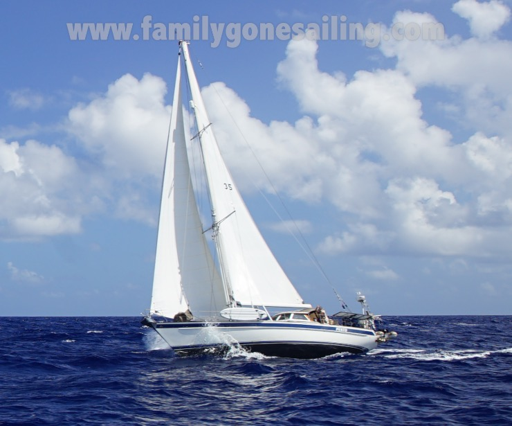 familygonesailing-makemo-28jul16-001
