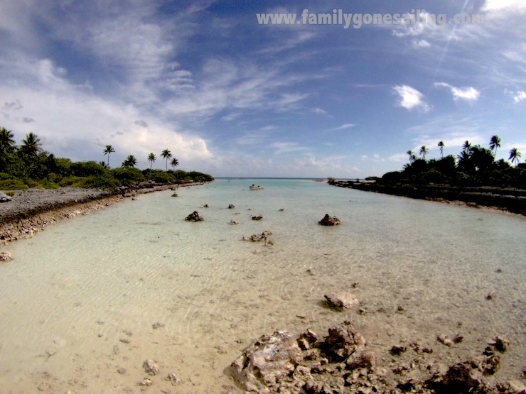Back into the atoll