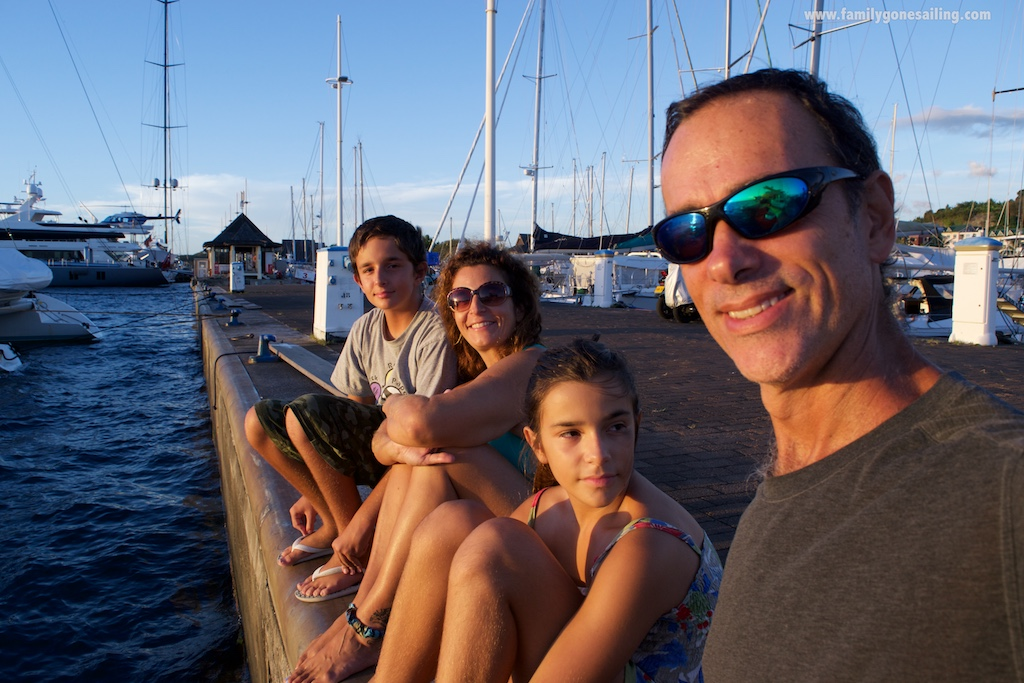 Familygonesailing.com All rights reserved