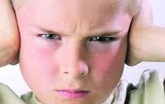 متلازمة اسبرجر : يتصرفون كعباقرة و لكنهم متوحدون