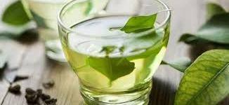 تدخين الشاي الاخضر : هل ينفع كشربه ؟