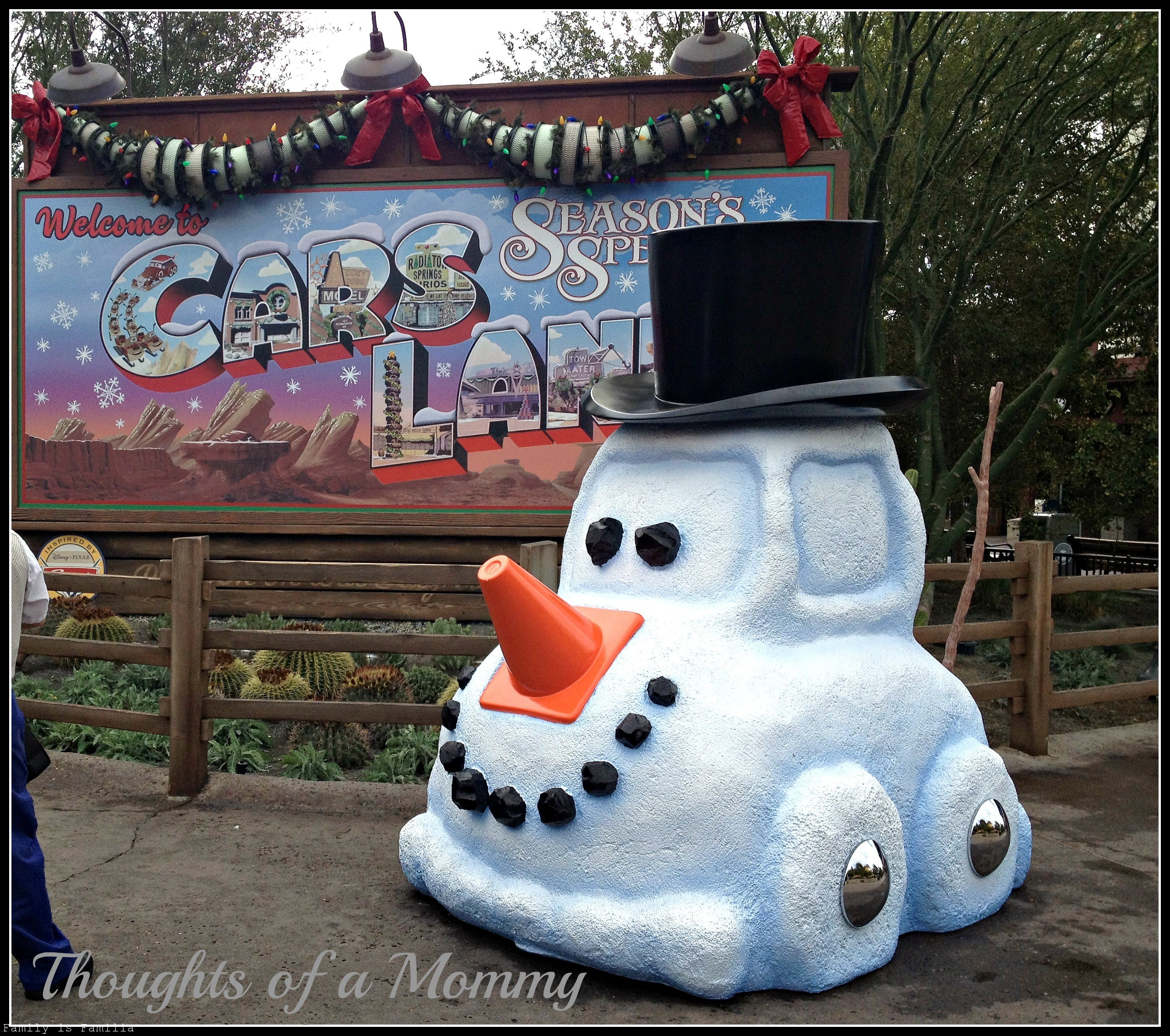 happy-first-chrsitmas-cars-land
