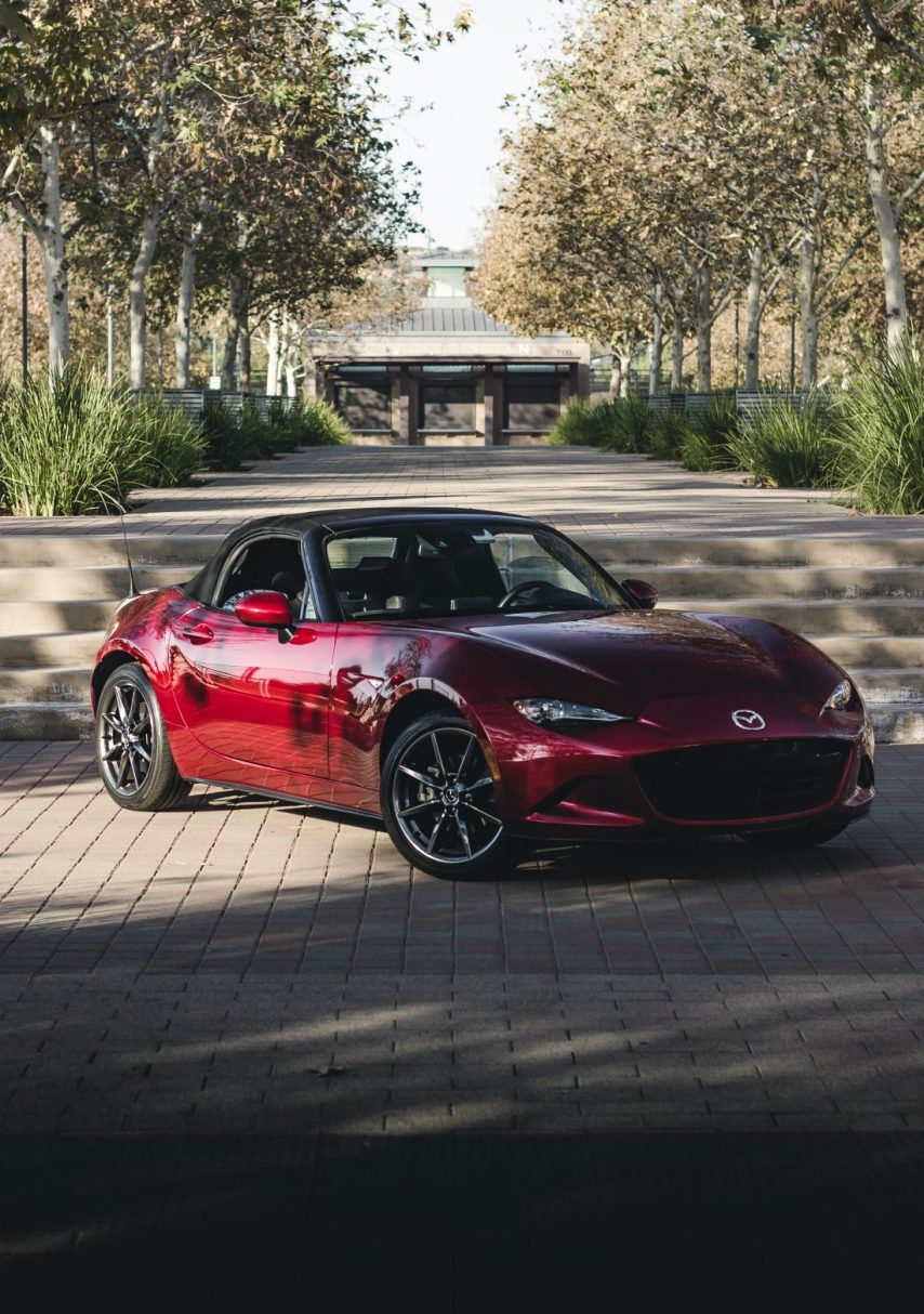 The Perfect Weekend Car: Mazda MX-5 Miata