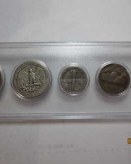 1944 Year set mostly silver coins in Whitman plastic holder nice 3