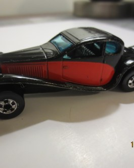 Vintage Hot Wheels 1980 37 Bugatti Red & Black Nice condition
