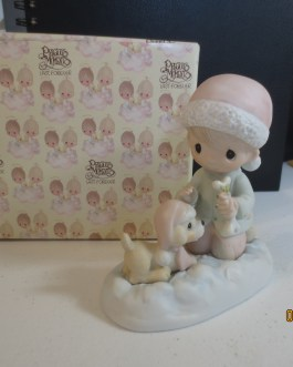 Vintage in box Precious Moments figurine #E2805 Wishing you a season filled with joy 1980