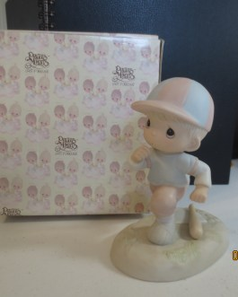 Vintage in box Precious Moments figurine #100110 Lord I'm coming home 1985