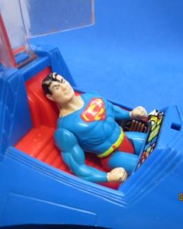 VINTAGE DC 1984 KENNER SUPER POWERS SUPERMOBILE FOR SUPERMAN w figure