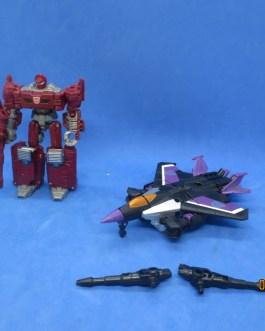 2 Transformers Skywarp & More Generations Combiner Wars Legends 2012