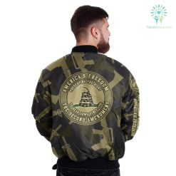 familyloves.com AMERICA'S FREEDOM, THE 2ND AMENTMEND OVER PRINT JACKET %tag