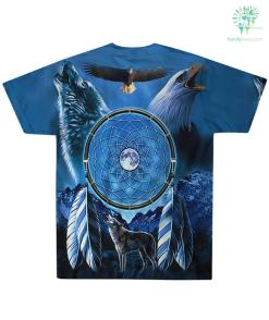 familyloves.com Dream Catcher with Wolf and Bald Eagle, Blue Fleece Throw Over Print T-Shirt %tag