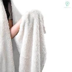 familyloves.com WOLVES HOWLING MOON hooded blanket. %tag