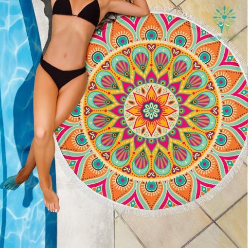 Beach Towel 1 Beach Blankets %tag familyloves.com
