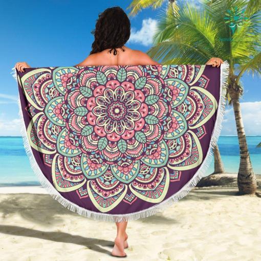 Beach Towel 2 Beach Blankets %tag familyloves.com