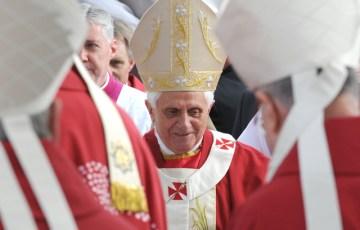 Pope Benedict XVI Confirms Apostolic Visit to Britain