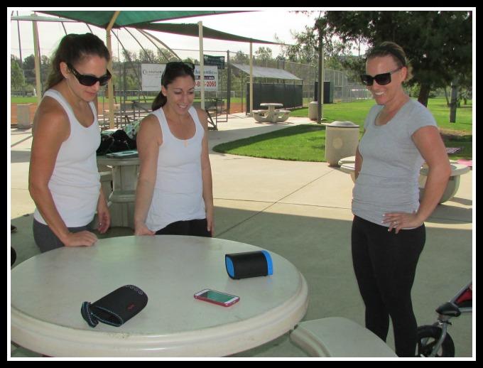 Nyne Cruiser Speaker with girls