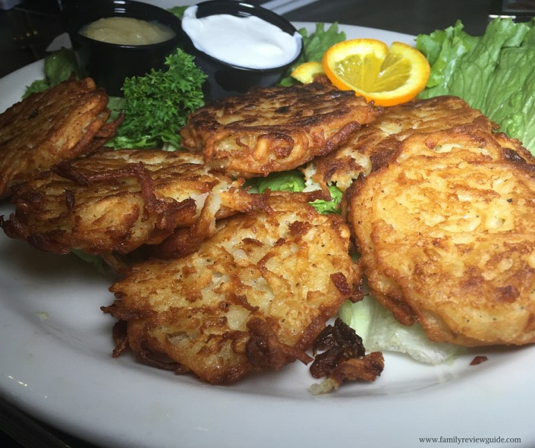 (c) FamilyReviewGuide_chomies_latkes