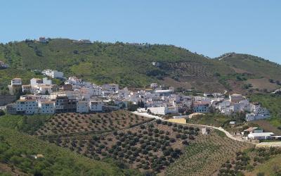 Iznate, un pueblo en Málaga con sabor a uva moscatel