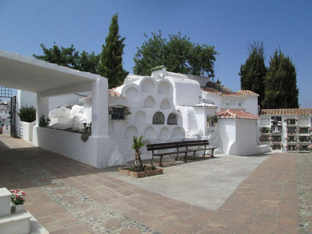 Cementerio en Comares, Málaga