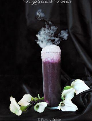 Halloween Drinks: Spooktacular No-Dye All Natural Purplicious Potion
