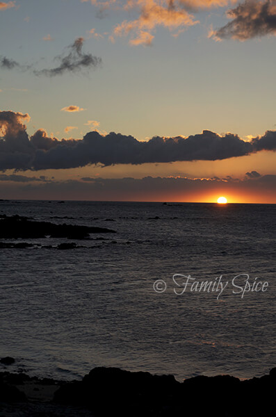 Sunset in Waikoloa, Lava Lava Club
