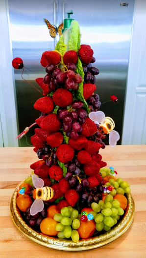How to make a fruit topiary