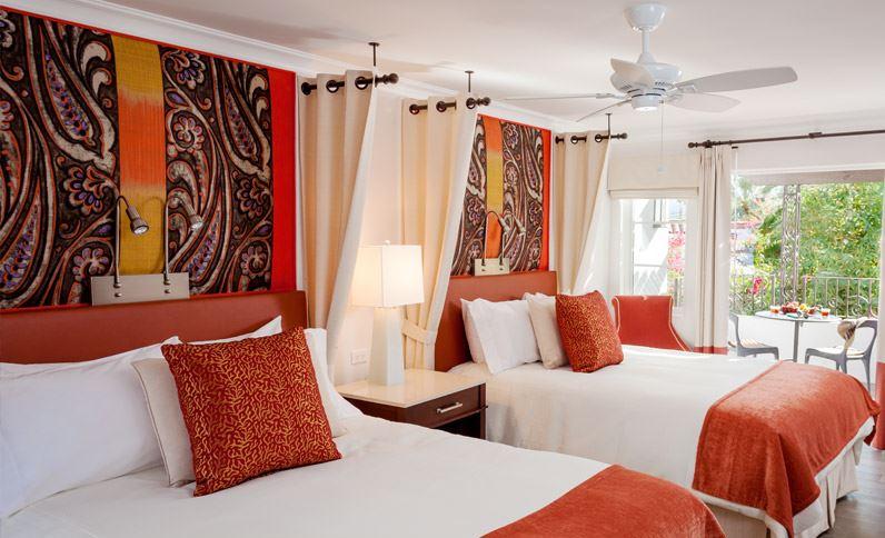 Triada Guest Room