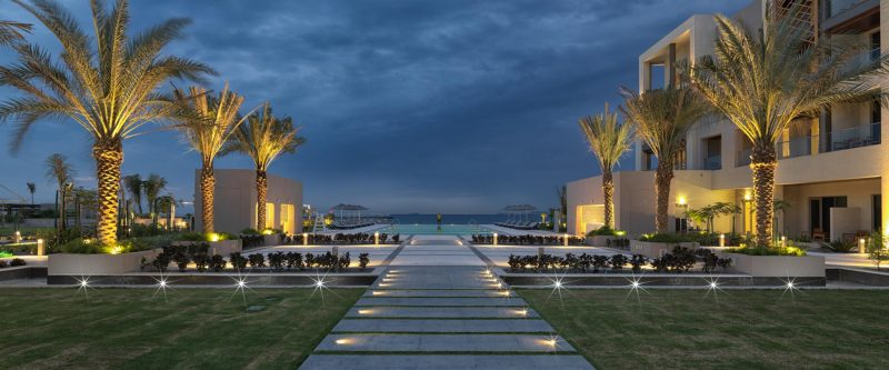 luxury hotels in oman for families