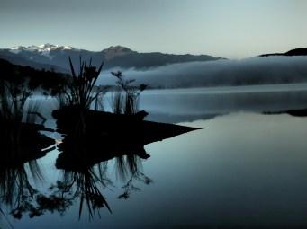 Ooh pretty lake