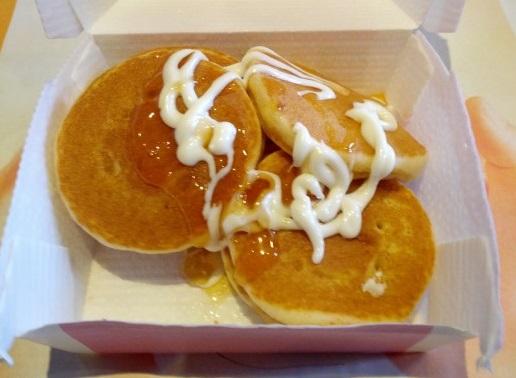 マクドナルド「プチパンケーキにりんご&クリーム」