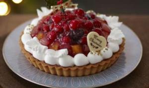 サークルKのクリスマスケーキ 7種のフルーツタルト5号