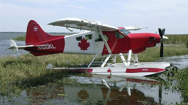 Beaver DHC2 con la bandiera canadese - © Peter Conquergood