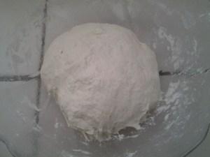 pate-pizza-levée-pétrie