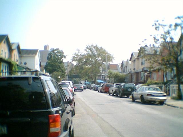 Brighton Beach backstreet1