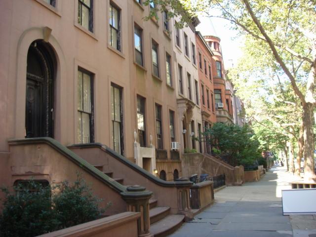 20070901-brooklyn-heights-10-pierrepont-st-brownstones.jpg