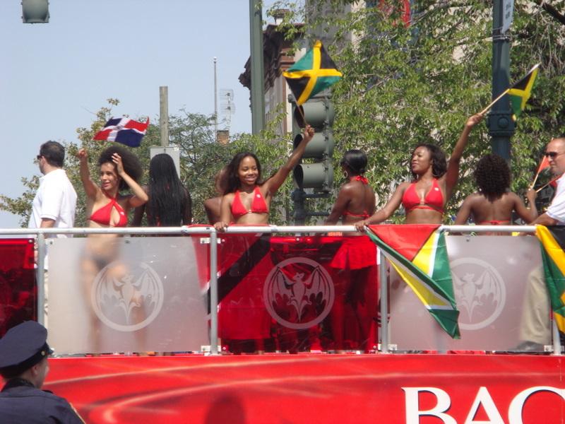 20070903-west-indian-day-parade-06-bikinis.jpg
