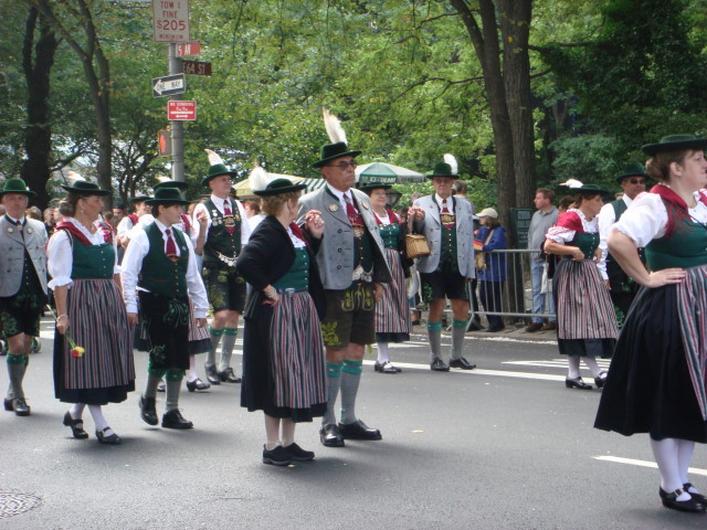 20070915-steuben-parade-42-traditional-dress.jpg