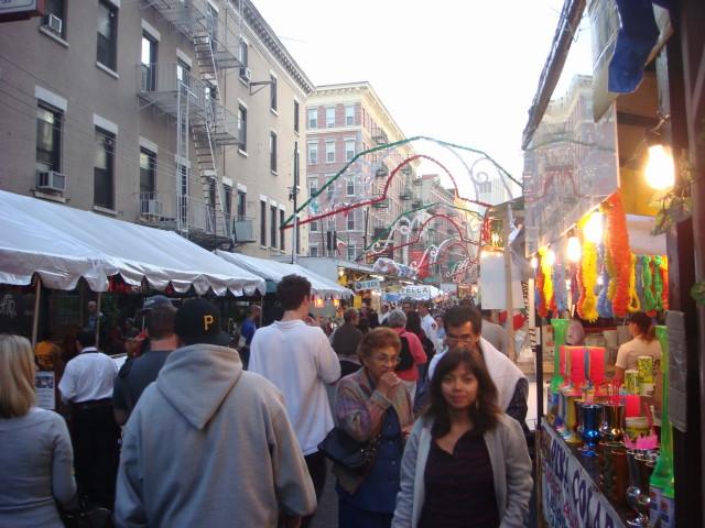 20070919-feast-of-san-gennaro-18-street.jpg