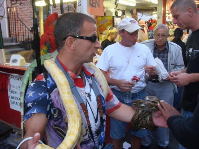 20070919-feast-of-san-gennaro-21-snake-guy.jpg