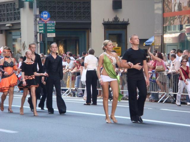 20071007-pulaski-parade-50-josephs-dance-studio.jpg