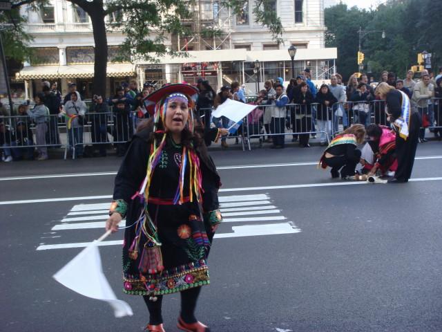 20071014-hispanic-columbus-day-28-costume.jpg